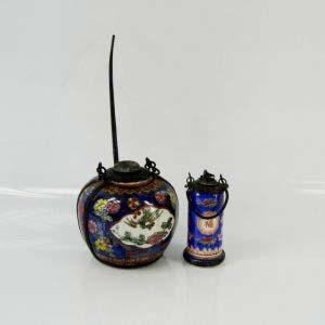 Набор для курения. Фарфор, латунь, ручная роспись. Китай, XIX век. Высота: 10 см.