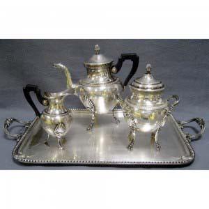 Чайный сервиз. Металл, серебрение. Франция, XIX век (стиль «ампир»).
