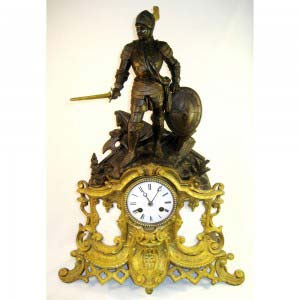 Кабинетные часы (каминные) «Рыцарь». Бронза, золочение, патинирование, мрамор. Франция, XIX век («историзм»). Размеры: 56х40х12 см.