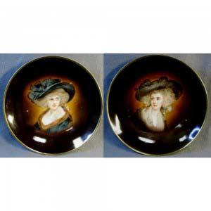 Парные декоративные тарелки. Фарфор, ручная роспись. Европа, ХIX век. Диаметр: 25 см.