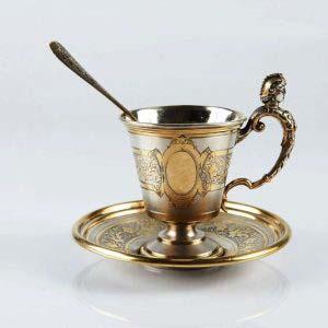 Кофейная пара. Серебро 800 пробы; М= 103,0 г., золочение. Высота: 6,5 см. Германия, XIX век (стиль «ампир»).