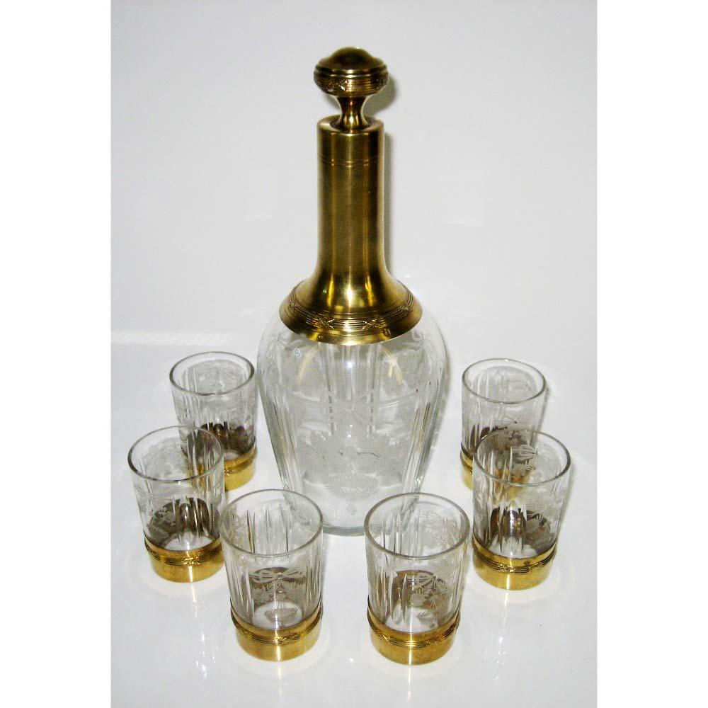 Подарочный набор для ликера. Стекло, серебро 950 пробы, золочение. Высота графина ( с пробкой): 22 см; высота рюмки: 7 см. Франция, XIX век.