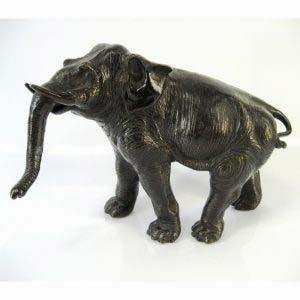 Композиция «Слон». Бронза, патинирование. Европа, рубеж XIX- ХХ веков. Высота: 19 см.