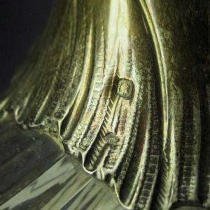 """Графин для вина. Серебро 950 , золочение, стекло. Серебро 950 , золочение, стекло. Франция, XIX век. Стиль: """"неорококо"""". Высота: 23,0 см; диаметра основания: 9,0 см."""