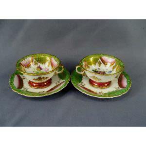 """Чайные пары """"Цветы"""". Фарфор, ручная роспись. Европа, XIX век."""