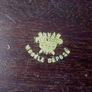 """Шкатулка для украшений. Красное дерево, бронза, золочение, муар. Франция; XIX век (""""ампир"""")."""
