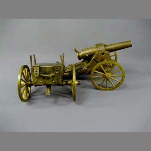 Модель пушки. Бронза, патинирование, дерево. Франция, вторая половина XIX века. Диаметр колеса: 11,0 см.