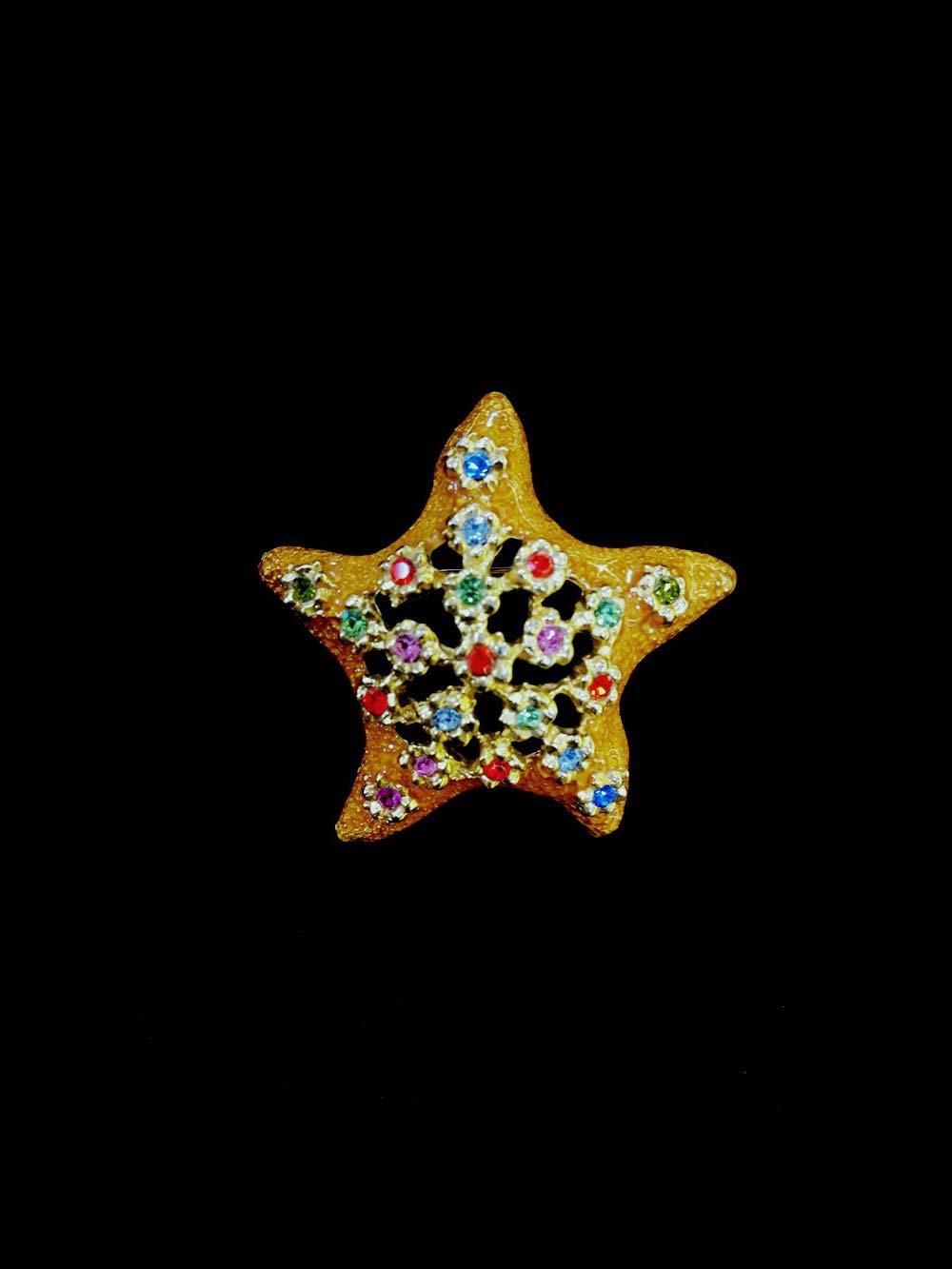 """Брошь """"Морская звезда"""". Металл, золочение, эмаль, стразы. Франция, ХХ век. Размер: 5,5 см."""
