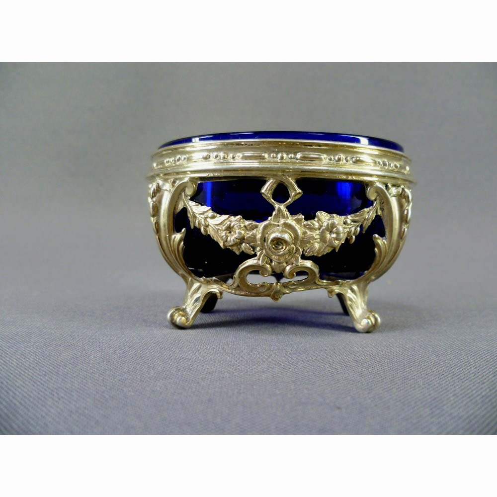 """Солонка. Серебро 950; М=43,0; """"кобальтовое"""" стекло. Франция, XIX век (стиль """"ампир"""")."""