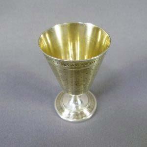 Рюмка. Серебро 950; М=34,0; золочение. Франция, XIX век. Высота: 6,0 см.