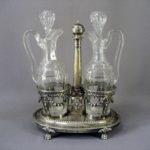 """""""Переходник"""" для специй (масло, уксус). Серебро 950; М=566,0 г; стекло. Франция, вторая половина XIX века."""