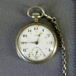 """Карманные часы. Серебро 800. Франция, часовая мануфактура """"LIP"""", рубеж XIX-ХХ веков. Диаметр: 4,5 см."""
