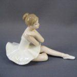 """Статуэтка """"Балерина"""". Фарфор, ручная роспись. Европа. Высота: 11,0х17,0 см."""